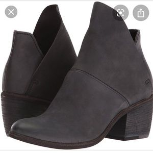 DOLCE VITA Salena booties